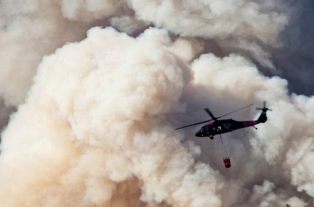 US Army helicopter fights Calif wildfire.jpg